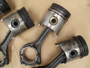 Car Parts and Spares - Pistons